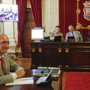 C's formula 30 preguntas al alcalde en la comisión de Limasa frente a los mítines de la izquierda
