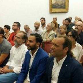 Inauguración de la exposición del poeta y editor Diego Medina