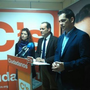 Ciudadanos presenta la Oficina de Atención al Profesional, que culmina el triángulo estratégico de proximidad