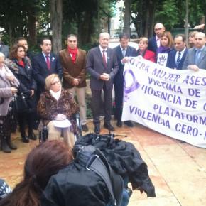 C's se suma al acto en memoria de las víctimas de la violencia de género