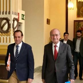 Cassá suscribe con el alcalde un compromiso político para el sacrificio cero animal en Málaga