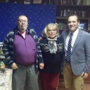 Cassá visita el Centro Cultural Renfe y la Peña El Rocío