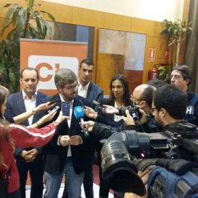 Hervías reconoce la labor de Cassá y su equipo y lo vislumbra como alcalde de Málaga