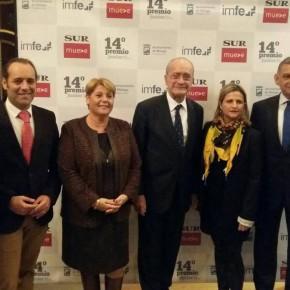 Cassá asiste a la entrega del Premio Junior para Empresas