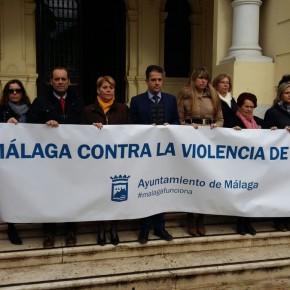 C's se suma al minuto de silencio en memoria de la última víctima de la violencia contra la mujer