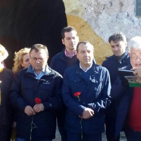 Acto en memoria de las víctimas de la Carretera de Almería