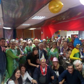 Última parada del Carnaval del Mayor y semifinales en el Teatro Cervantes