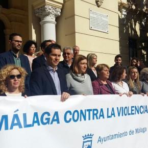 Minuto de silencio en memoria de las víctimas del doble asesinato de Bailén