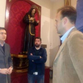Reunión en la casa hermandad de la cofradía del Monte Calvario