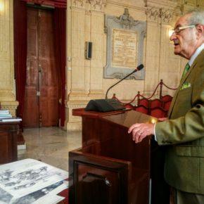 Cs arranca el compromiso del Ayuntamiento para seguir excavando el Cerro del Villar