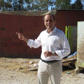 Cs apoya a los vecinos de Teatinos y urge al traslado de las caballerizas