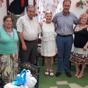 Cs visita las casetas de la Peña La Paz, AVOI, Malaguita y la Rebotica