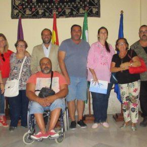 Cassá se reúne con responsables de 'supermercados solidarios' en Málaga para hacer balance