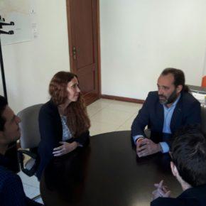 Cassá se reúne con los jóvenes músicos de Tarifa Plana