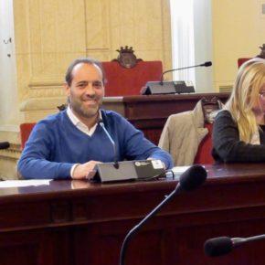 Málaga estudiará la creación de un grupo especial de la Policía local destinado a la protección animal tras la moción presentada por Ciudadanos