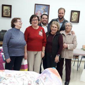Cs Málaga visita la Asociación de Mujeres Los Geranios de Cruz de Humilladero