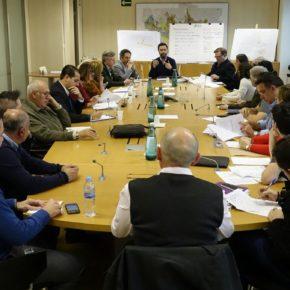 Carballo asiste a la mesa de trabajo sobre la declaración de ZAS de Centro y Teatinos