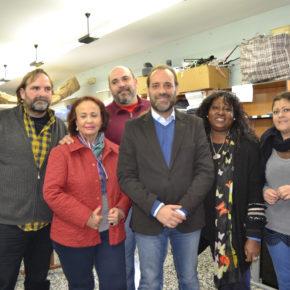 Ciudadanos Málaga propone bajar la tasa que pagan las entidades sociales que recogen en contenedores ropa usada