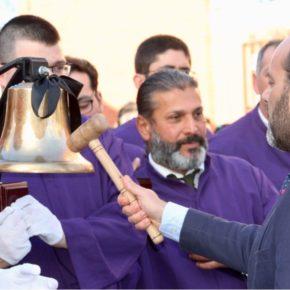 Cassá acompaña a Jesús ante Anas en su salida procesional por El Palo