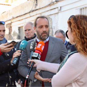 Cs denuncia el abandono de calle Moncada y exige una solución urbanística para este punto negro de Carretera de Cádiz