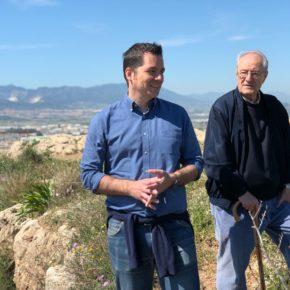 """Ciudadanos Málaga se """"patea"""" el Cerro de la Tortuga y reivindica un parque arqueológico"""