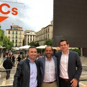 Cs Málaga respalda a Albert Rivera en el acto celebrado en Granada