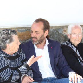 Un plan municipal para combatir la soledad de los mayores