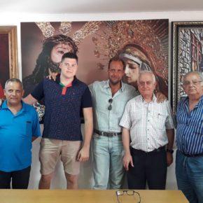 Visita a la cofradía de Medinaceli en el distrito Palma-Palmilla
