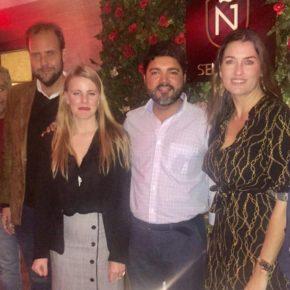 Cs acompaña a la Asociación de Jóvenes Empresarios en su copa de Navidad