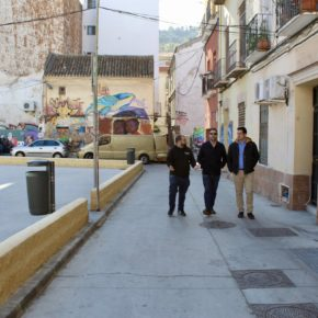 Carballo visita el barrio de Lagunillas